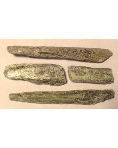 Cyanit grøn rå