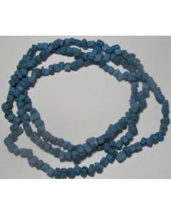 Blå Howlit halskæde