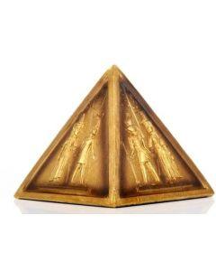 Pyramide med Egyptiske Guder